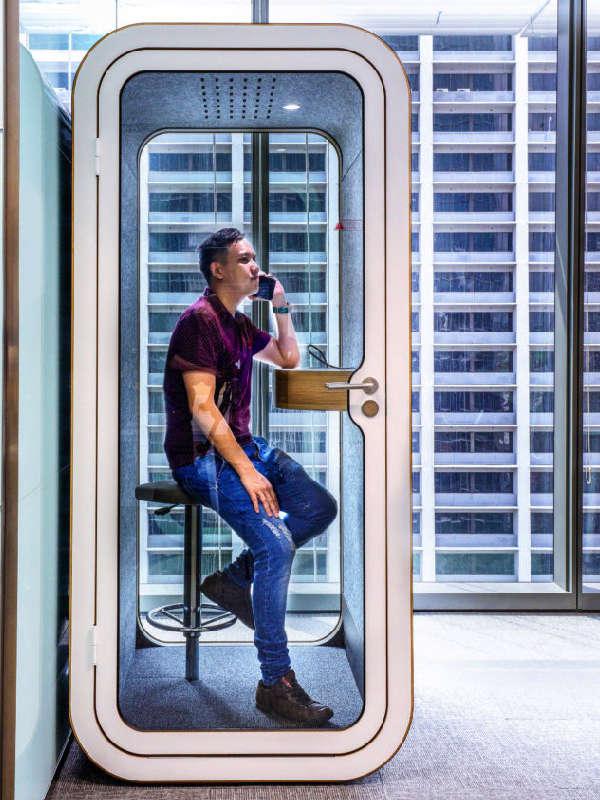 Framery telefonhytt för privata samtal