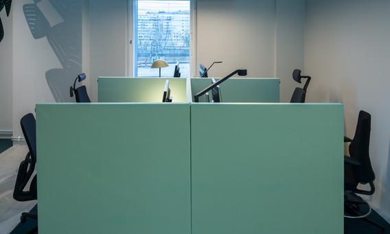 Soneo golvskärm i kontorsmiljö