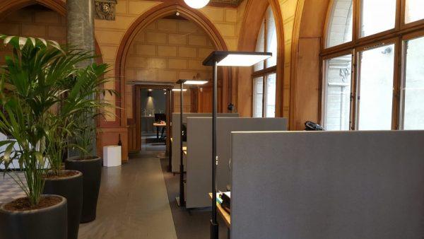 Soneo Golv i vackert luftigt kontor med högt i tak