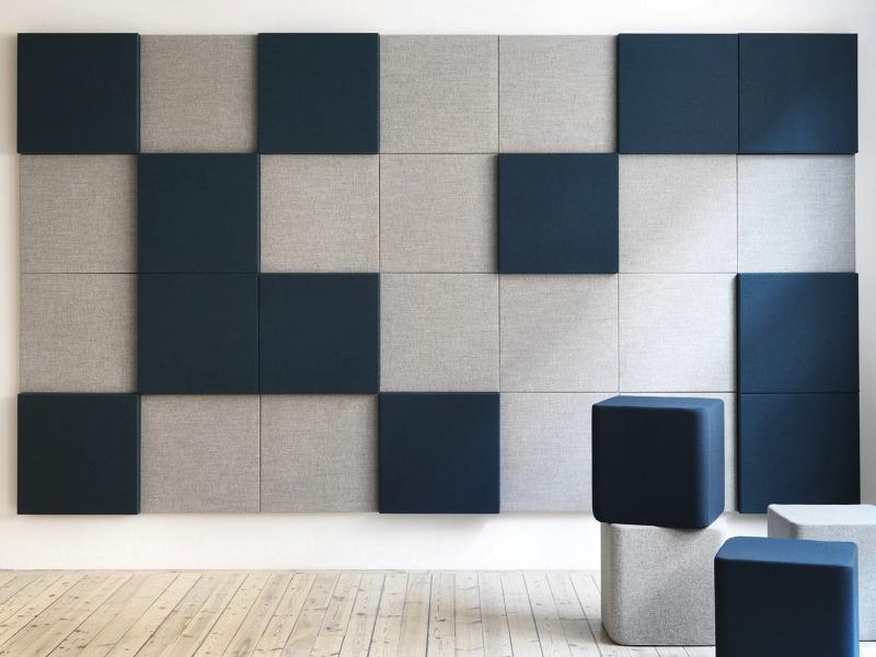 Ljudabsorbent Soneo på väggg.